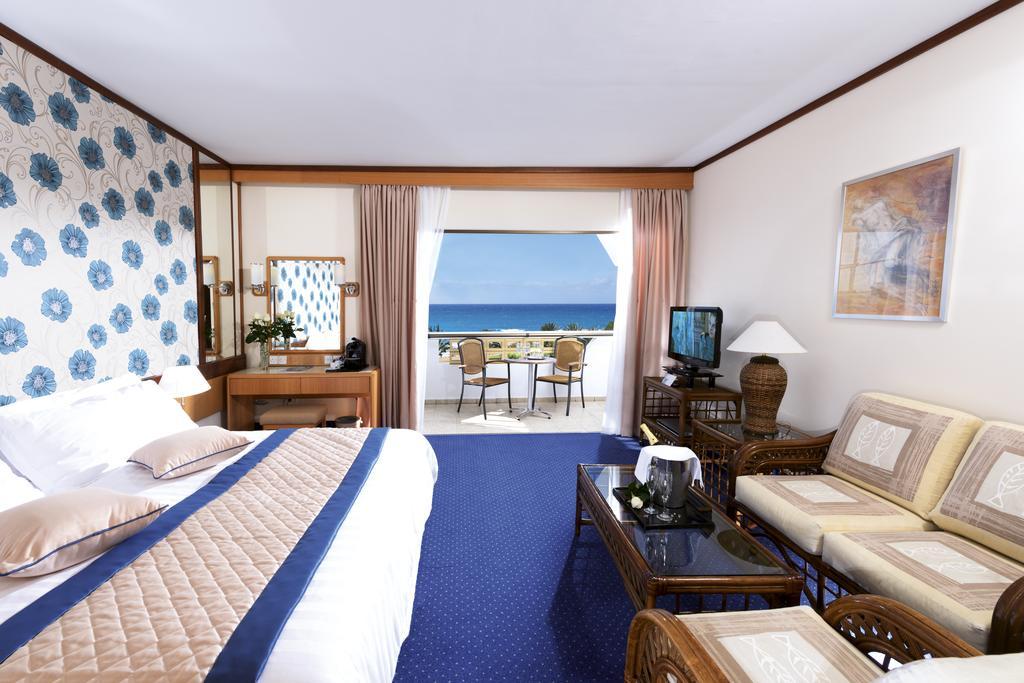 Constantinou Bros Athena Royal Beach Hotel Кипр цены