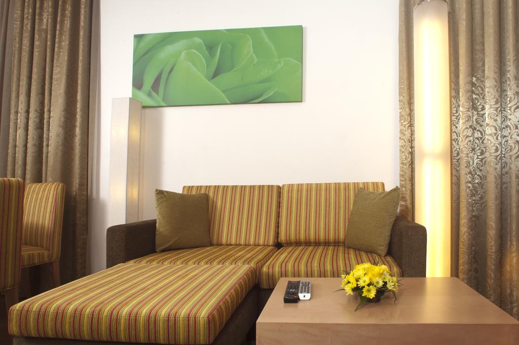 Al Khoory Executive Hotel, ОАЭ, Дубай (город), туры, фото и отзывы
