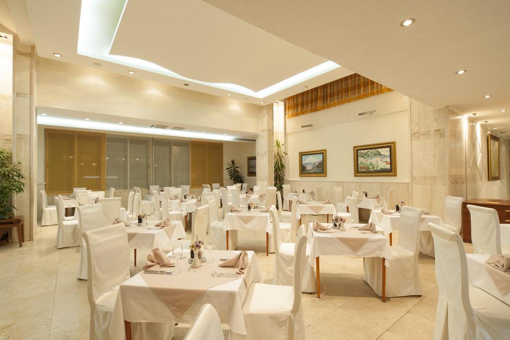 Mediteran Becici Hotel, фотографии