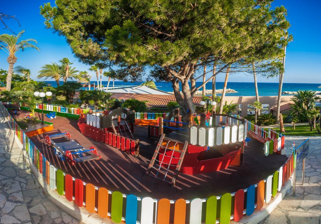 Кипр Amathus Beach Hotel