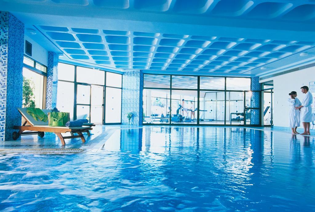 Туры в отель Constantinou Bros Athena Royal Beach Hotel Пафос