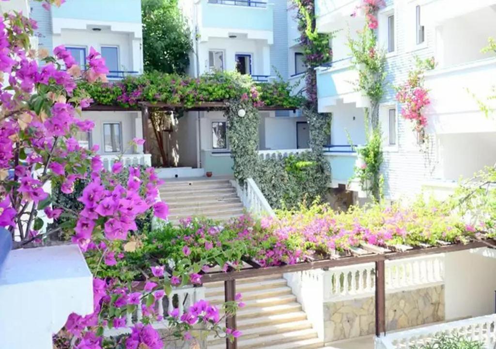 Sunpoint Family Hotel (ex. Sunpoint Suites Hotel), Туреччина, Бодрум, тури, фото та відгуки