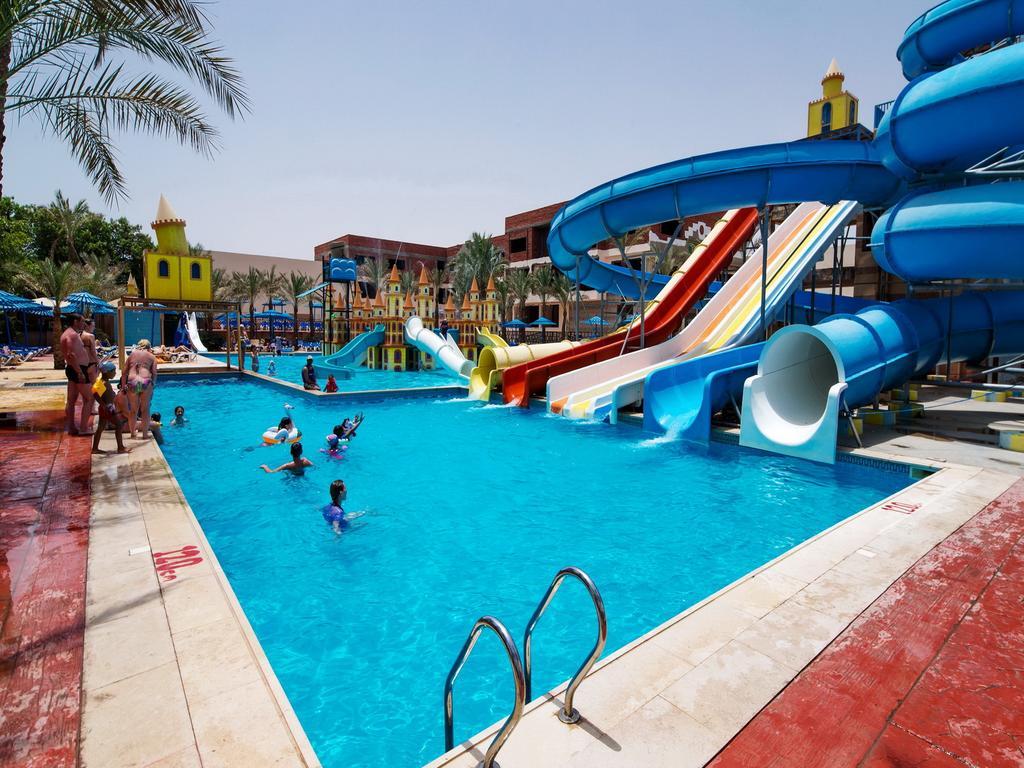 Mirage Bay Resort & Aquapark (ex. Lillyland Aqua Park) фото туристів