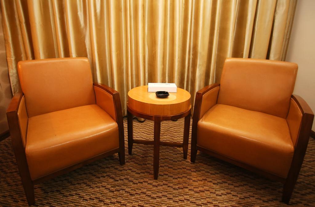 Отзывы об отеле Sun & Sands Downtown Hotel