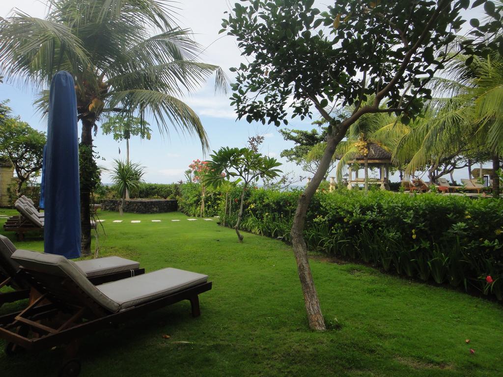 Цены в отеле Arya Amed Beach Resort