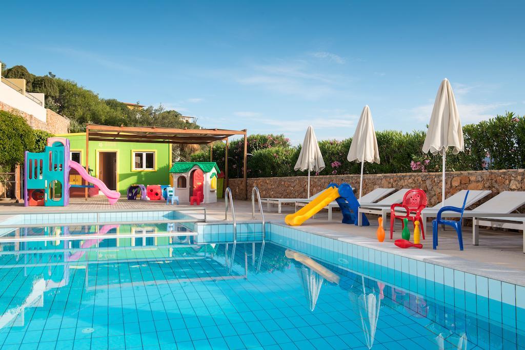 Blue Marine Resort & Spa, Лассіті