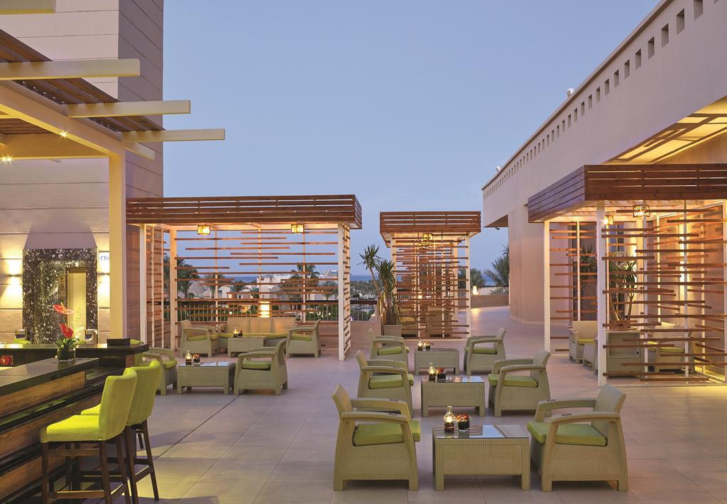 Coral Sea Holiday Resort, фото
