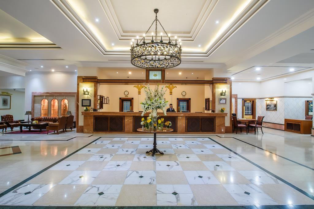 Туры в отель Holiday International Hotel Шарджа ОАЭ