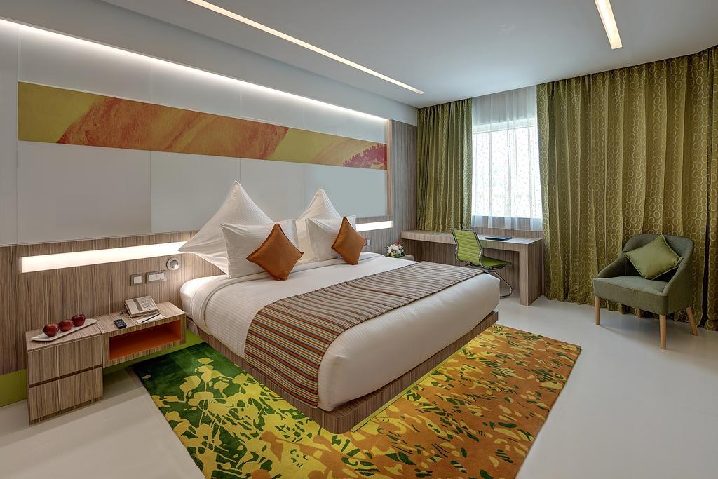 Отель, ОАЭ, Дубай (город), Al Khoory Atrium Hotel