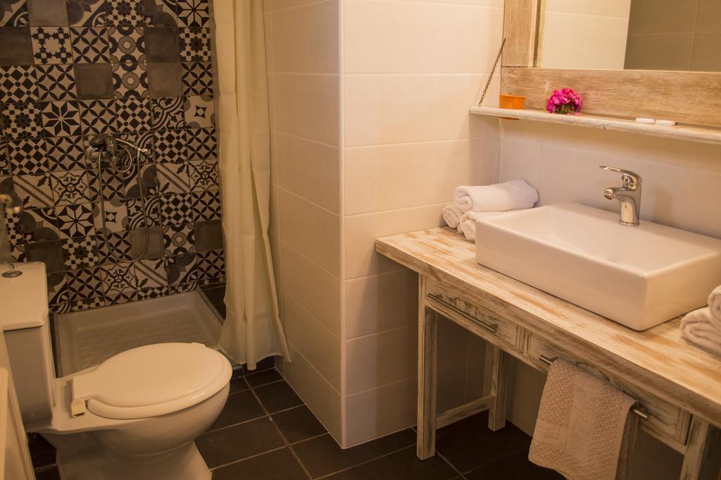 Горящие туры в отель Nireas Hotel Ханья Греция