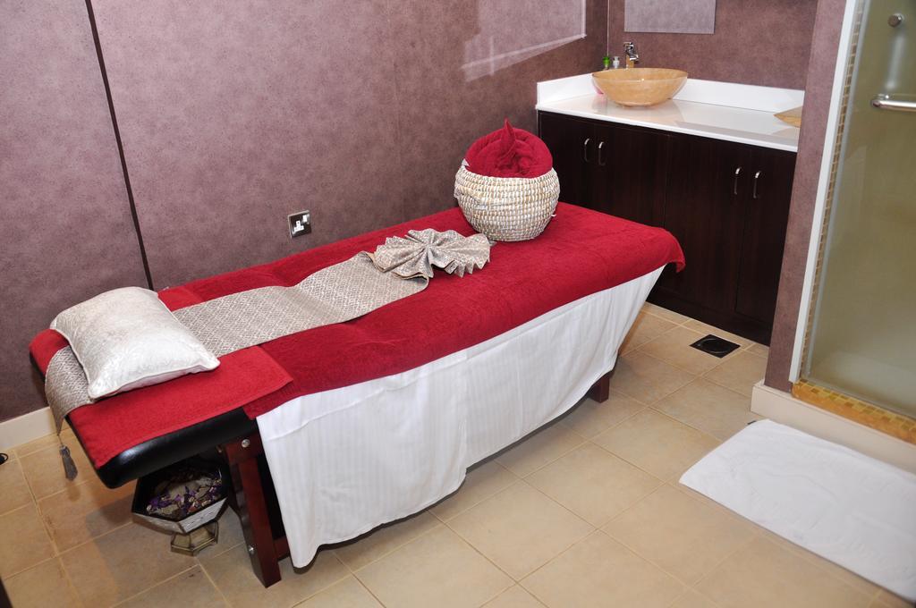 Ewan Hotel Apartments цена