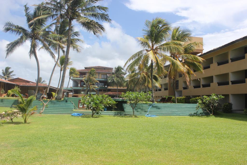 Цены в отеле Club Koggala Village