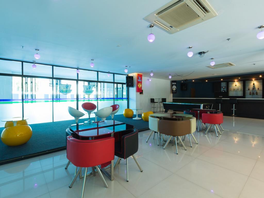 Туры в отель Vogue Pattaya Hotel Паттайя Таиланд