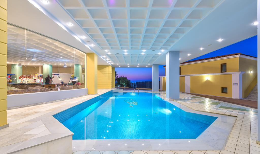 Фото готелю Fodele Beach Waterpark Holiday Resort