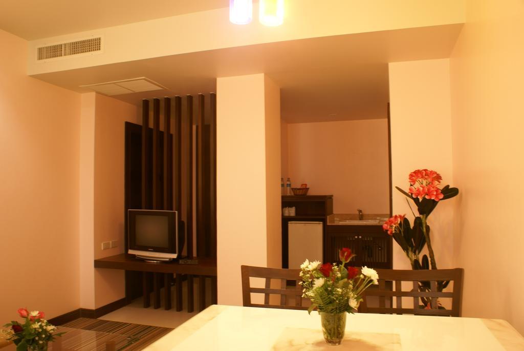 Отдых в отеле Aiyara Palace Hotel Паттайя Таиланд