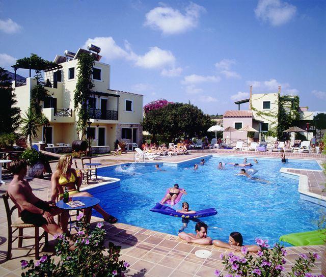 Фото готелю Porto Village