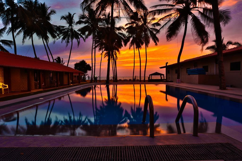 Горящие туры в отель Amagi Beach Маравила