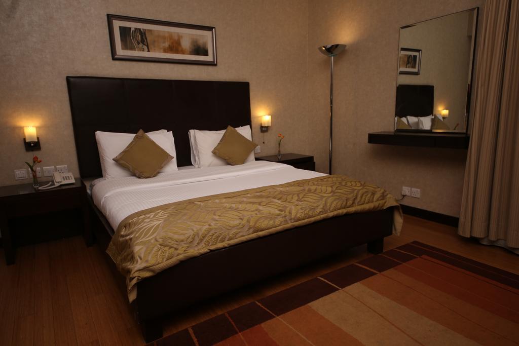 Tulip Creek Hotel Apartments, Дубай (город), ОАЭ, фотографии туров