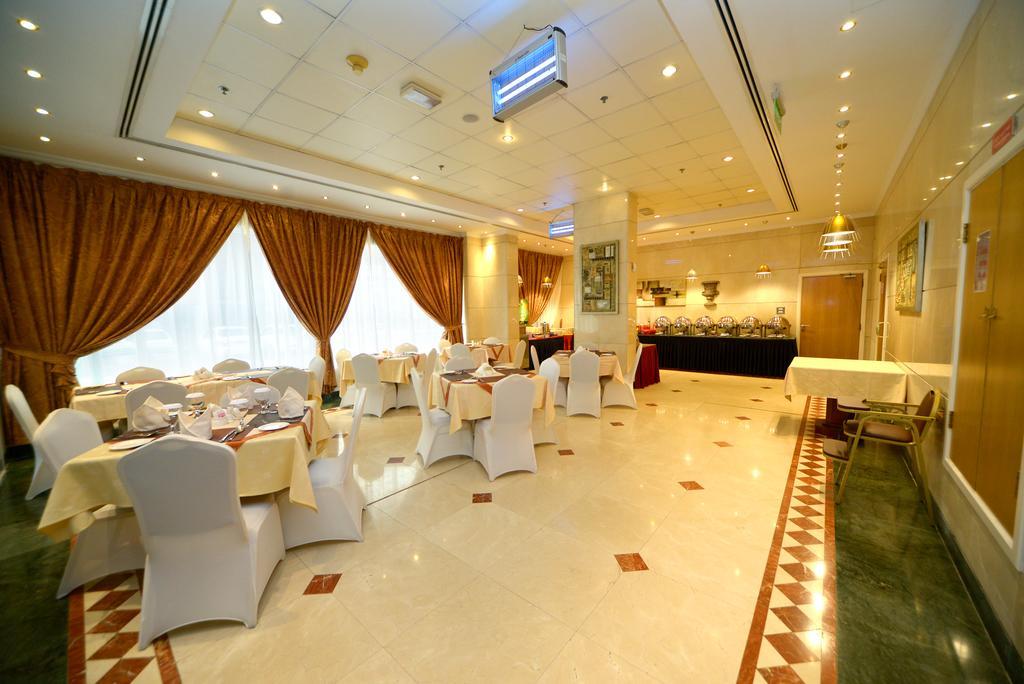 ОАЭ Nejoum Al Emarate Hotel Sharjah