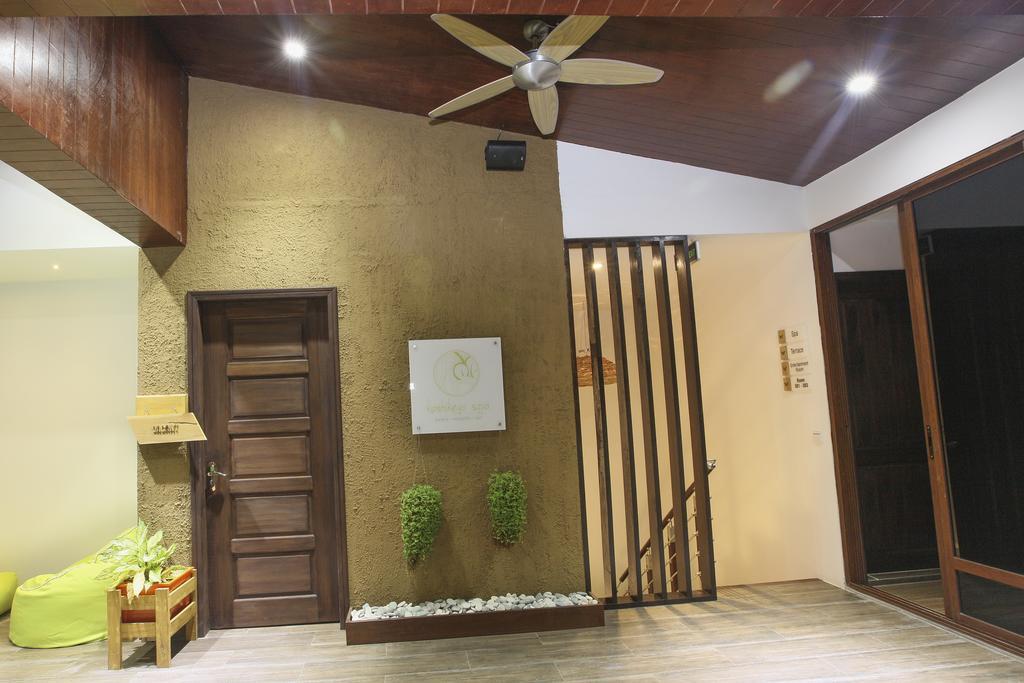 Beachwood Hotel, Каафу Атолл цены