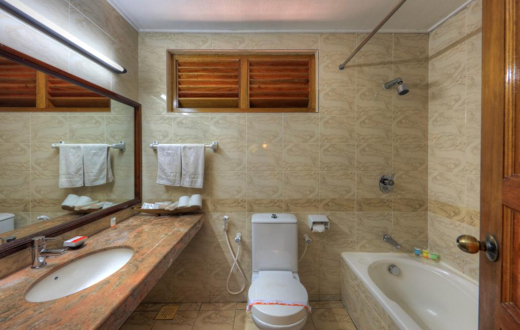 Туры в отель Fihalhohi Island Resort