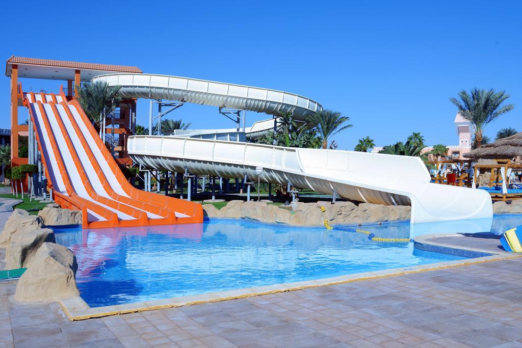 Відгуки про готелі Beach Albatros Resort
