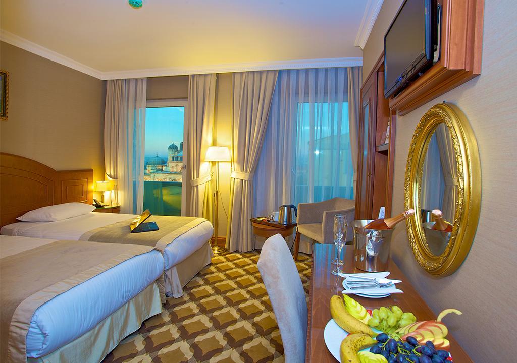 Цены в отеле Tilia Hotel