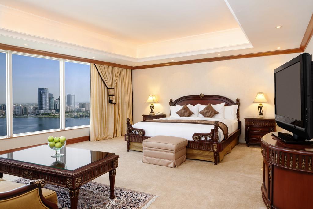 Hilton Sharjah Hotel ОАЕ ціни