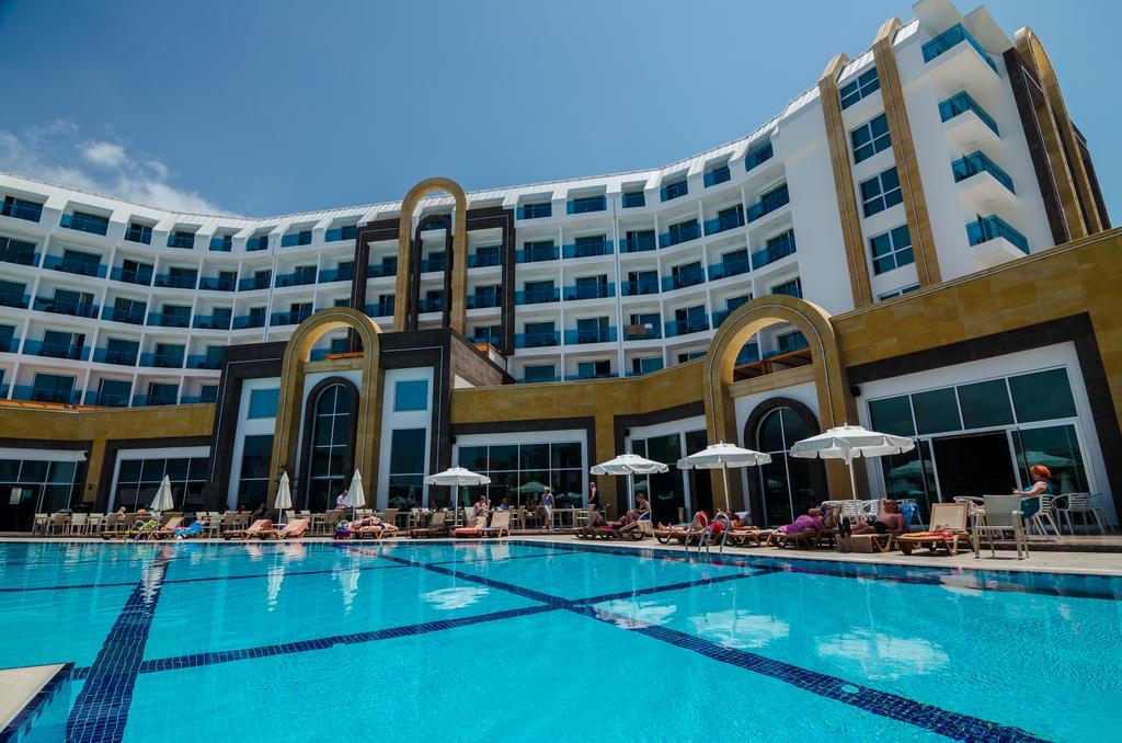 Гарячі тури в готель The Lumos Deluxe Resort & Spa