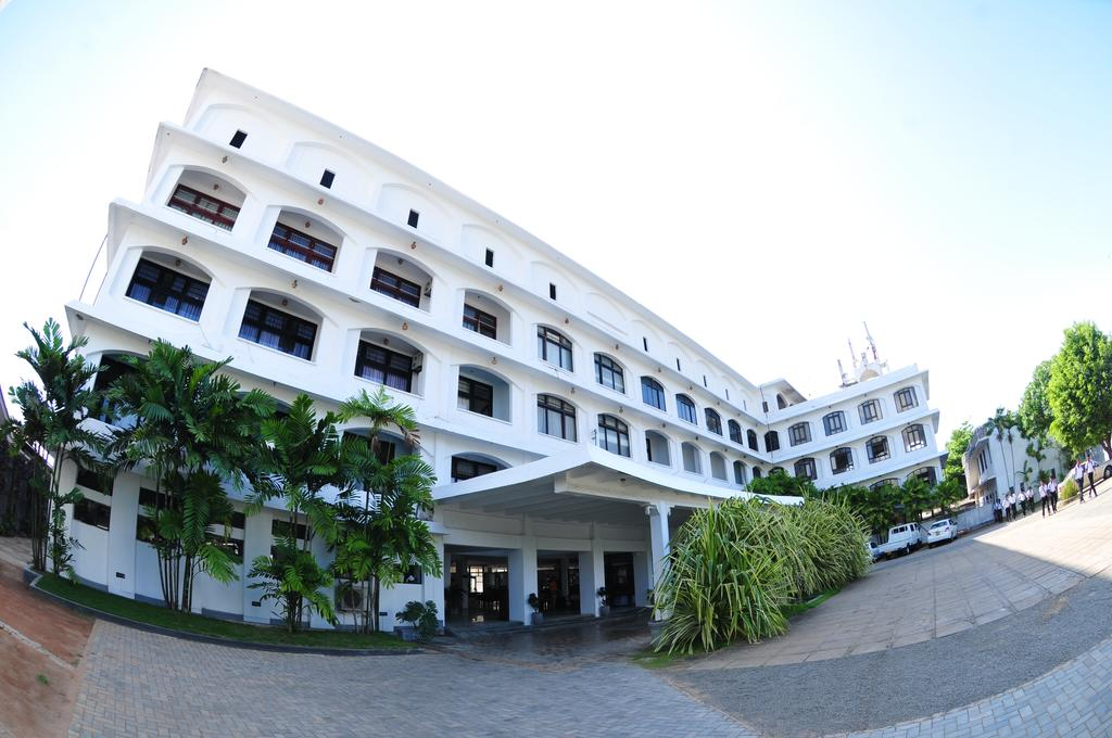 Туры в отель Lanka Super Coral Хиккадува Шри-Ланка