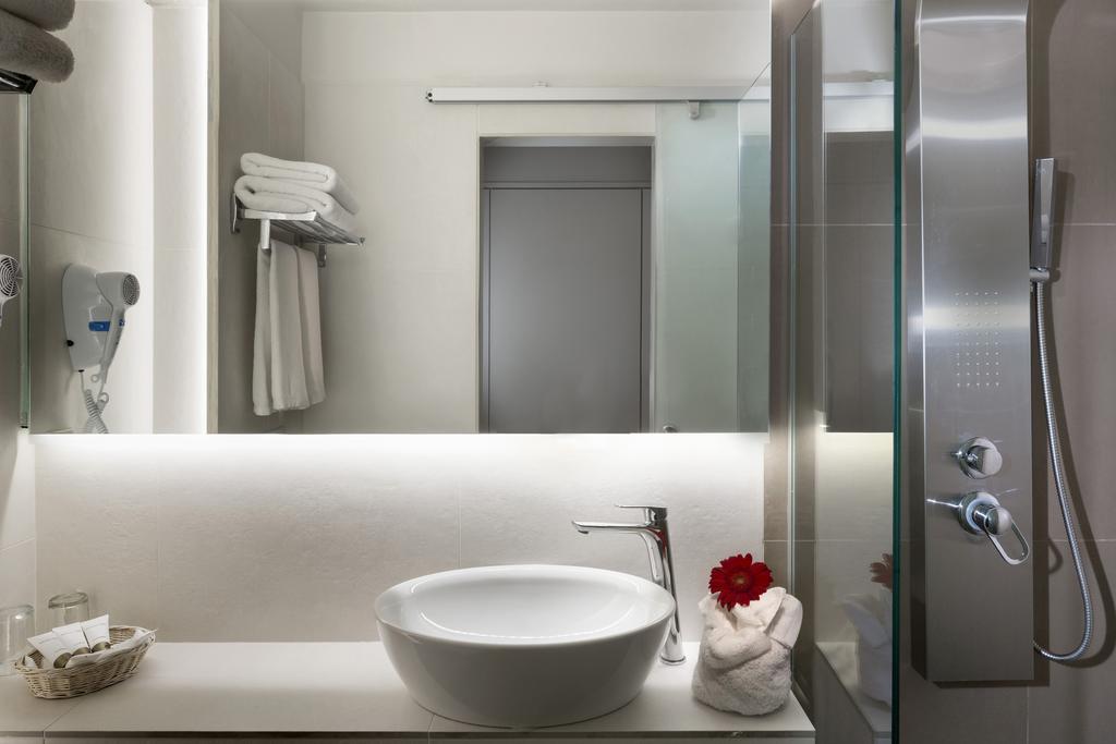Горящие туры в отель Coral Hotel Athens Афины