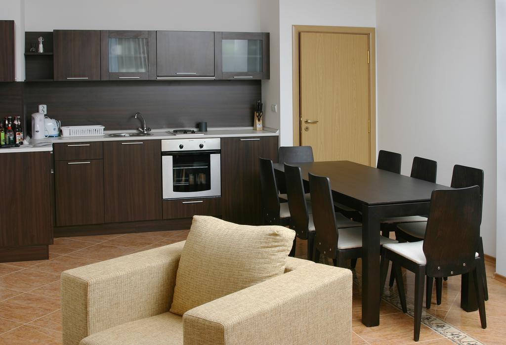 Горящие туры в отель Dinevi Resort Third Line Свети-Влас Болгария