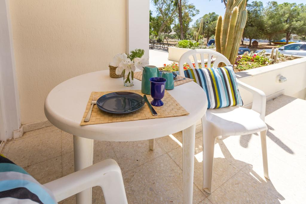 Ларнака Larnaca Golden Beach Apts