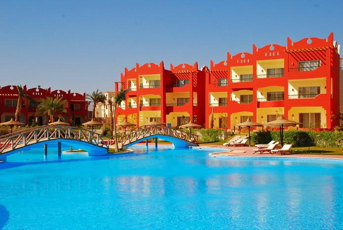 Aqua Hotel Resort & Spa цена