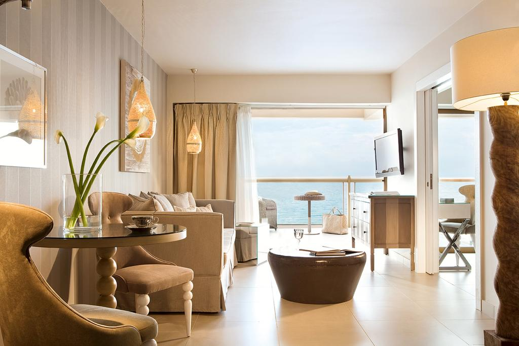 Тури в готель Sani Beach