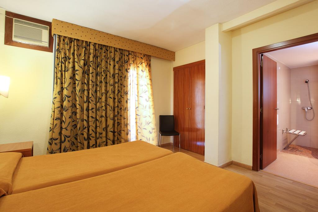 Отдых в отеле Brasil Hotel Коста-Бланка Испания