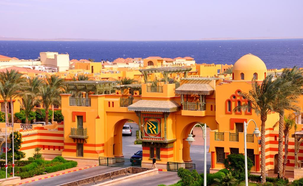 Отдых в отеле Rehana Royal Beach Resort & Spa Шарм-эль-Шейх