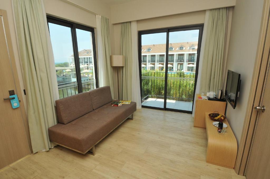 Jiva Beach Resort, Фетхіє ціни