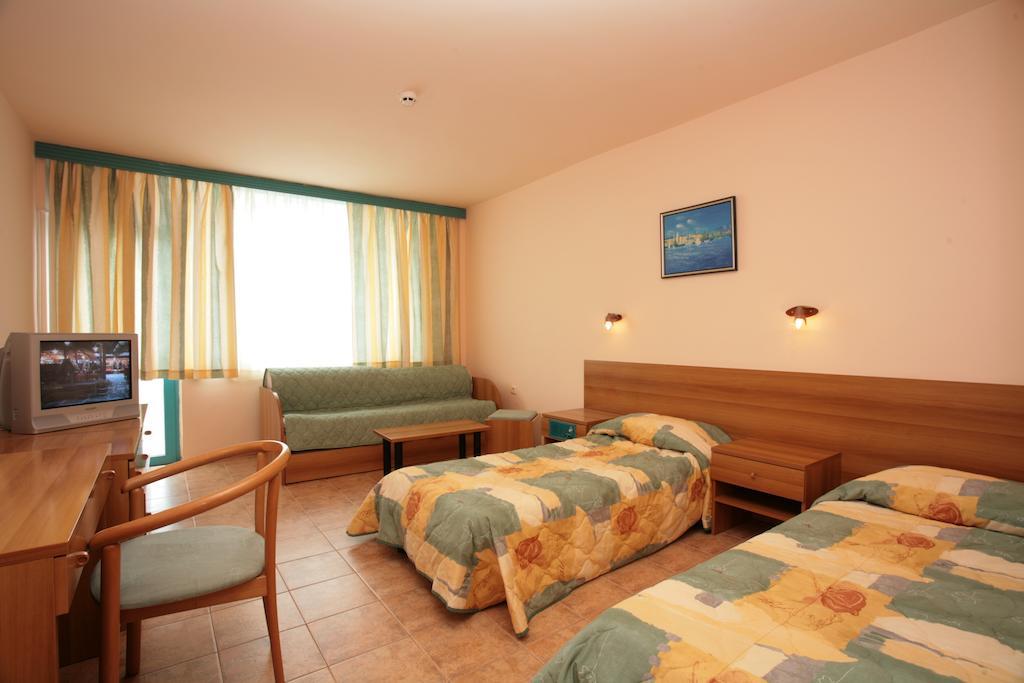 Горящие туры в отель Arabella Beach