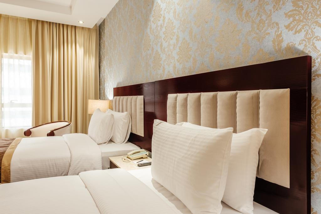 Tulip Inn Al Khan Hotel, ОАЭ