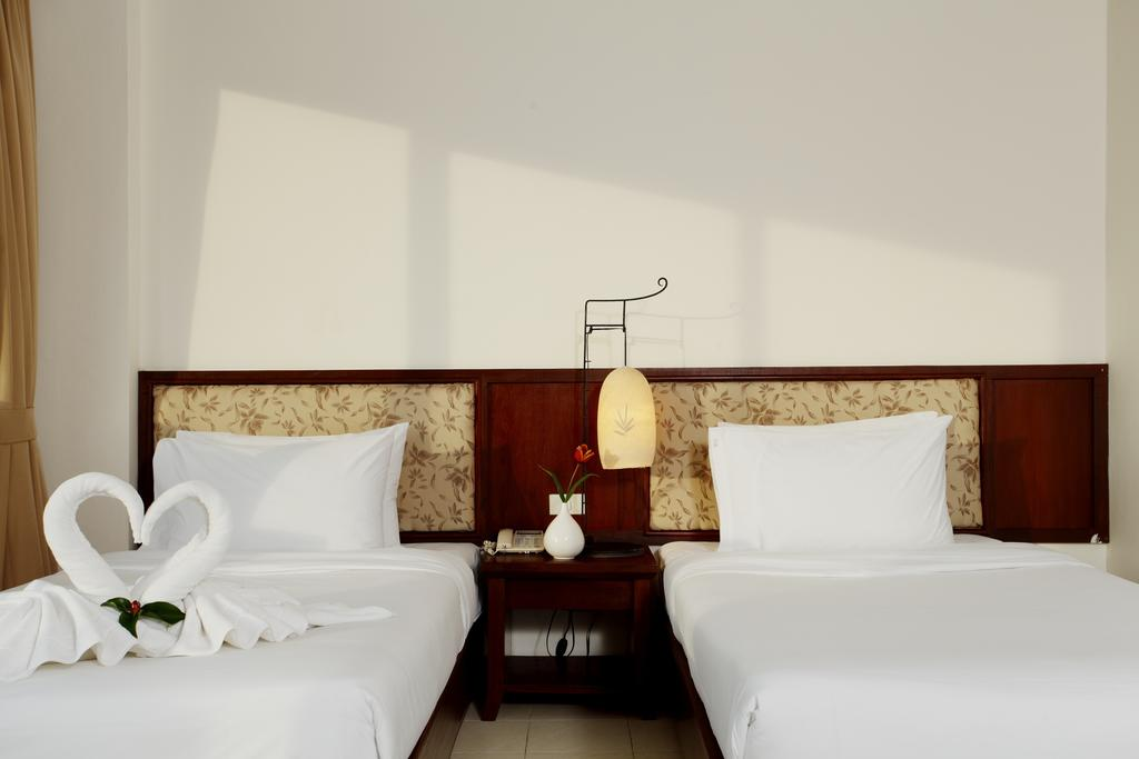 Ціни в готелі Bauman Ville Hotel