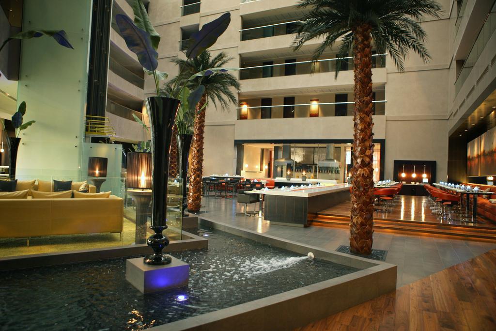 Отдых в отеле Centro Sharjah
