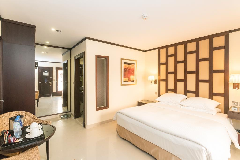 Ціни в готелі Radisson Blu Resort Sharjah