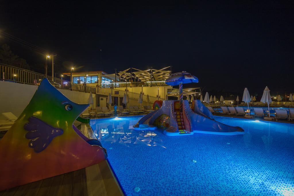 Тури в готель Ramada Resort Akbuk Бодрум