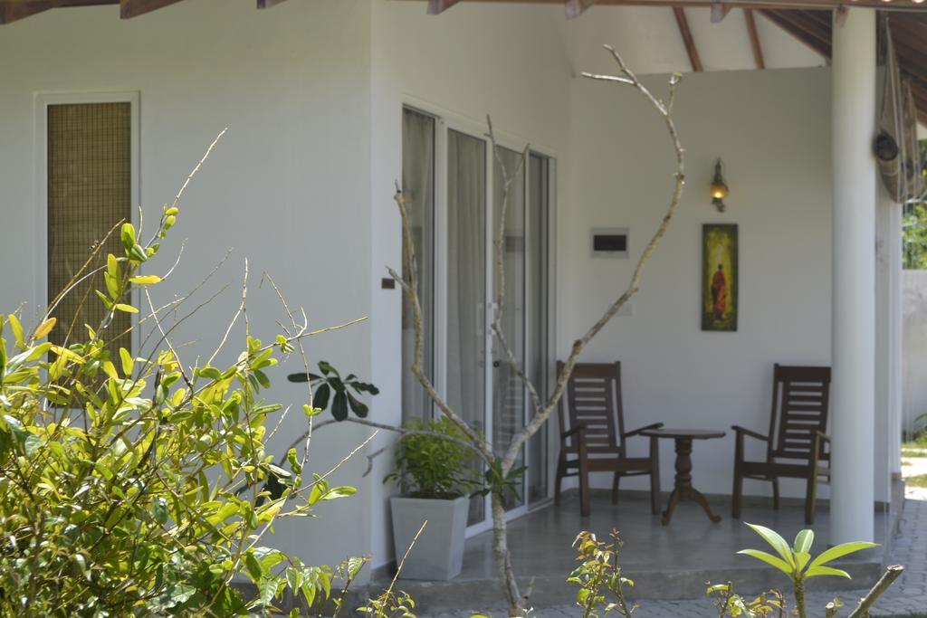 Горящие туры в отель Kalibri Villa (ex.Villa 96 Boutique) Амбалангода Шри-Ланка
