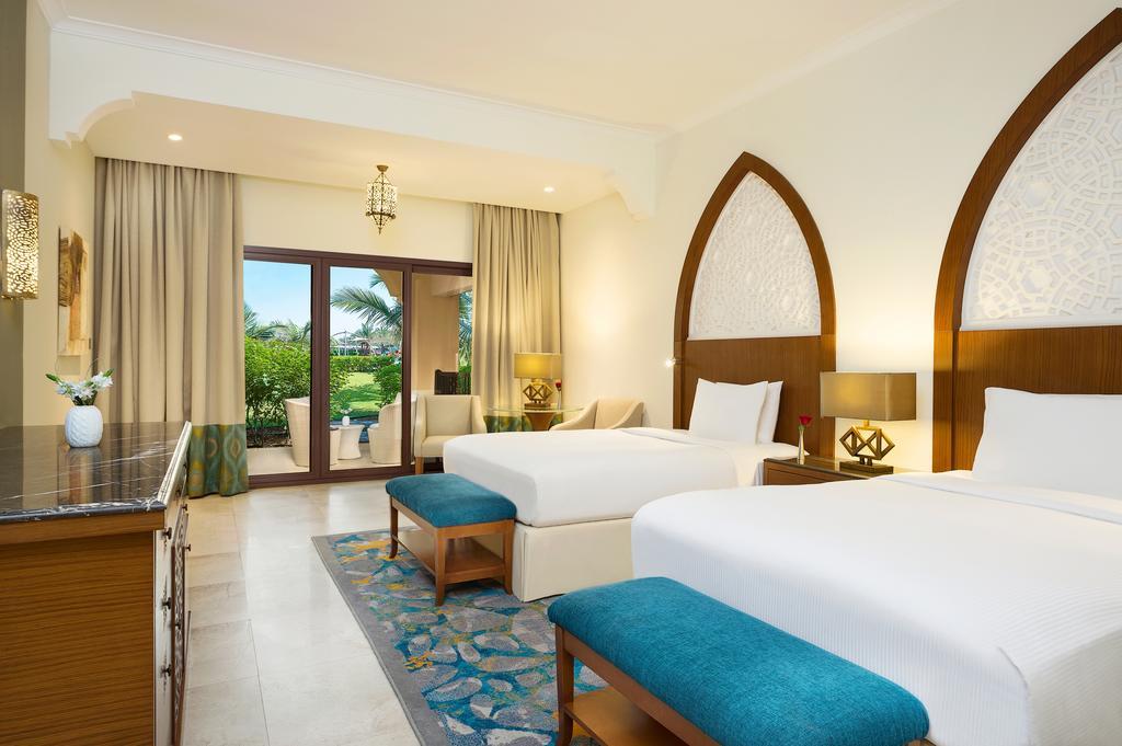 Тури в готель Doubletree by Hilton Resort & Spa Marjan Рас-ель-Хайма ОАЕ