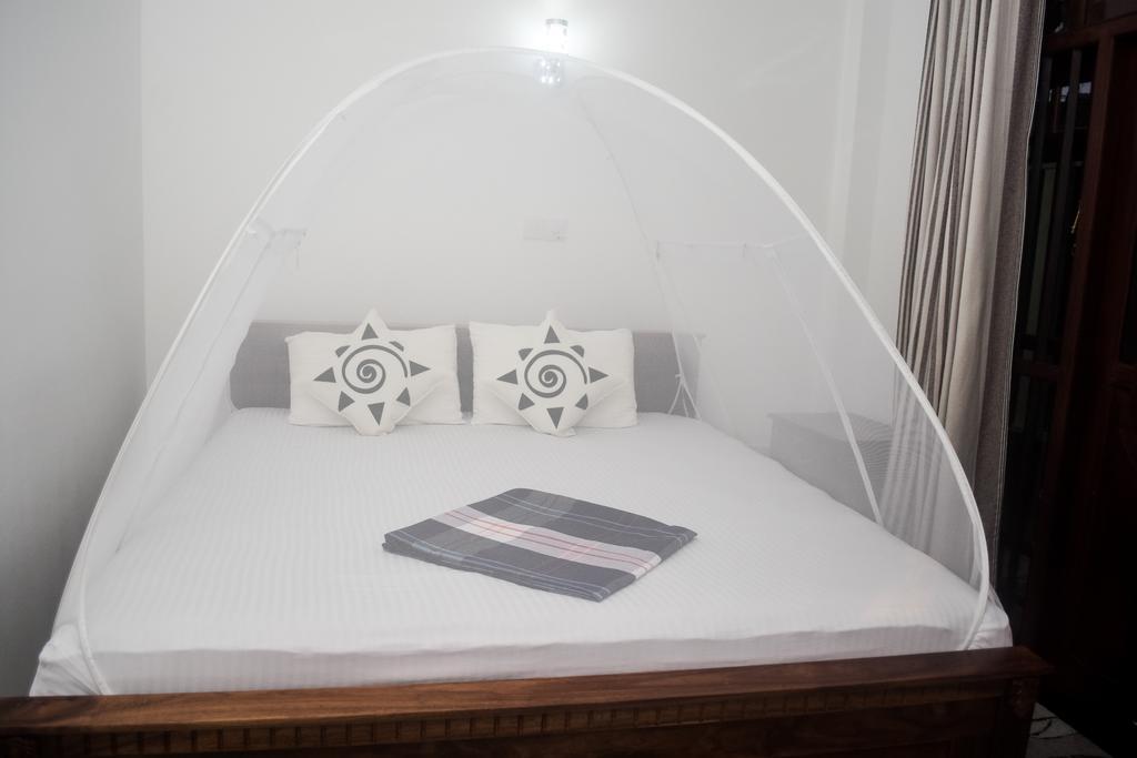 Цены в отеле Villa De White Sambur