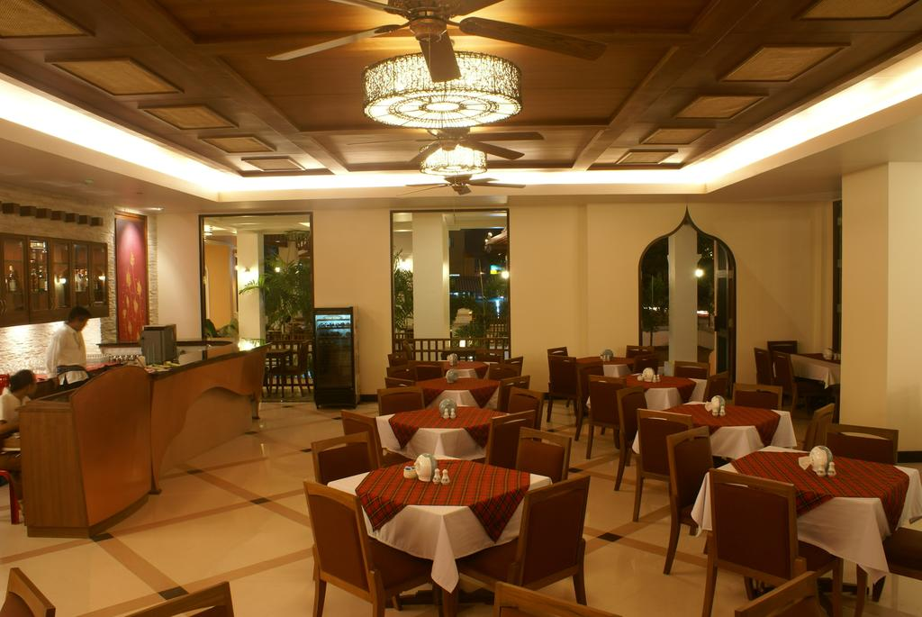 Туры в отель Aiyara Palace Hotel