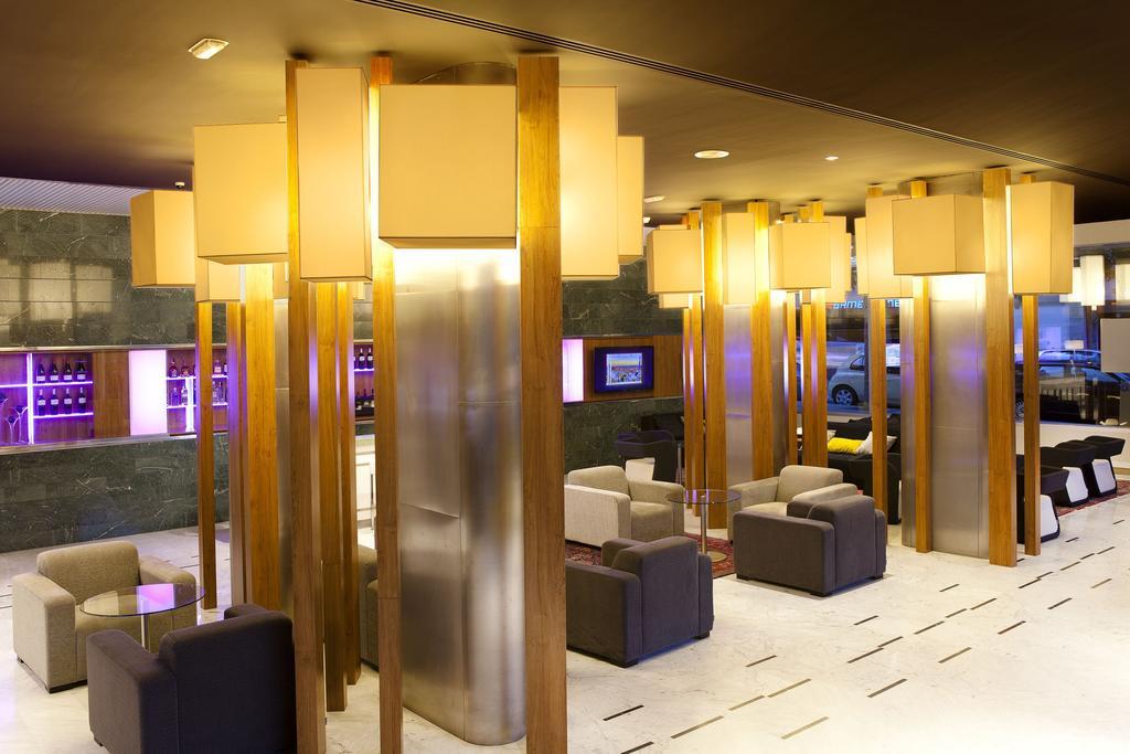 Горящие туры в отель Aparthotel Atenea Барселона Испания