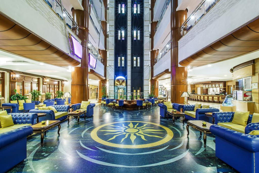 Grand Excelsior Hotel Bur Dubai, фотографії території